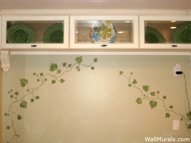 Painted Ivy Border in Kitchen