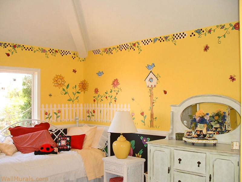 Mary Engelbreit Theme Mural in Girls Bedroom