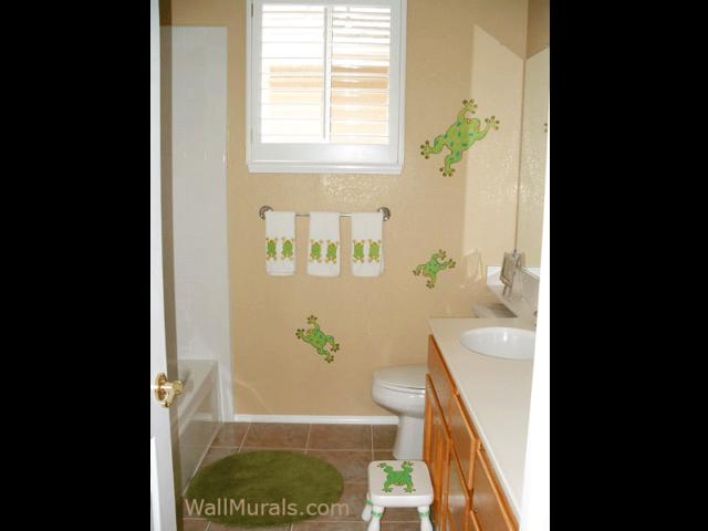 Frog Mural in Bathroom