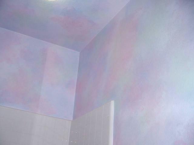 Faux Finish Walls in Girls Bathroom