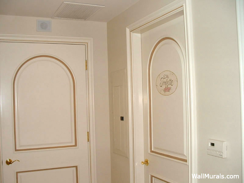 Gold Lined Doors - Painted Arches