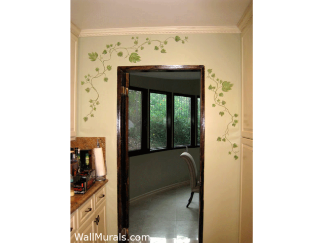 Painted Ivy on Wal in Kitchen