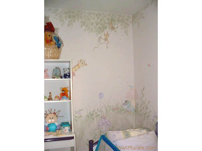 Animal Wall Mural in Little Girls Bedroom